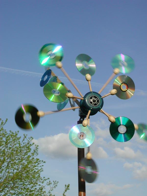 Поделки из сд дисков для сада и огорода своими руками